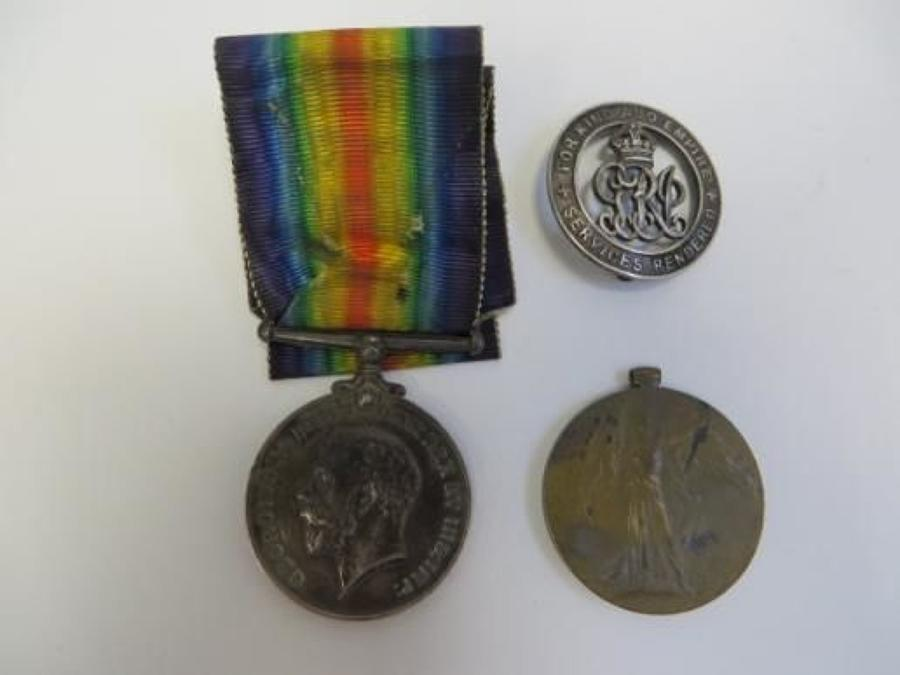 WW 1 Middlesex Regiment Medal Pair and Services Rendered Badge