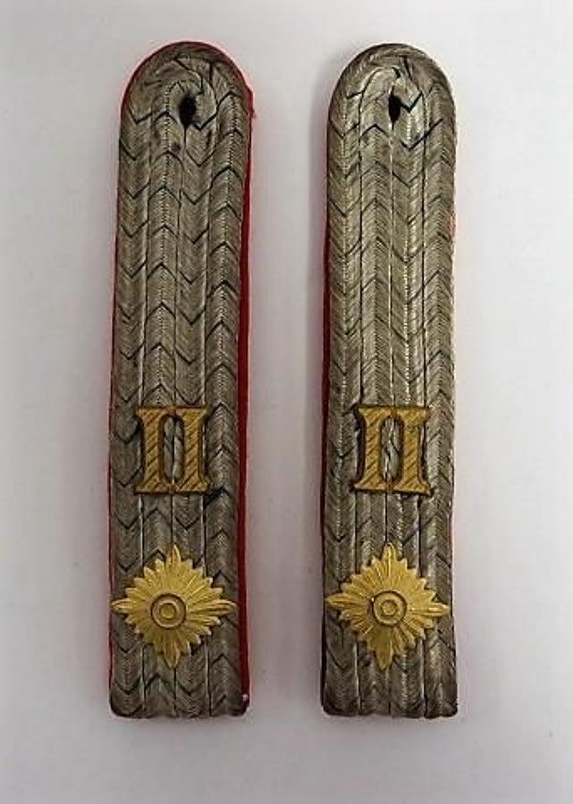 Imperial German 2nd Infantry Officers Shoulder Straps