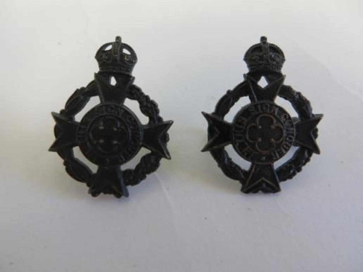 Pair of Officers Royal Army Chaplains Department Collar Badges