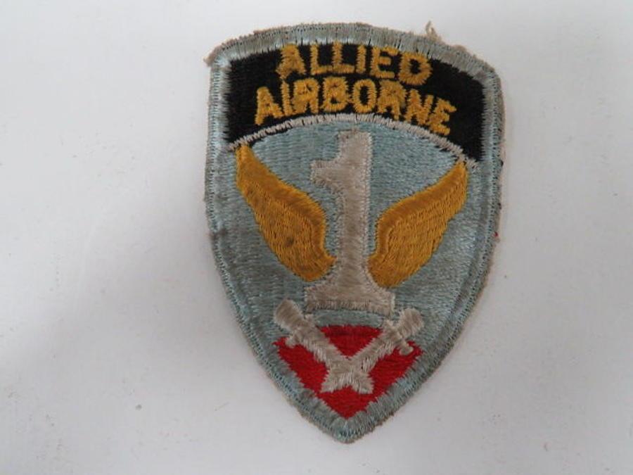 WW 2 Allied Airborne Formation Badge