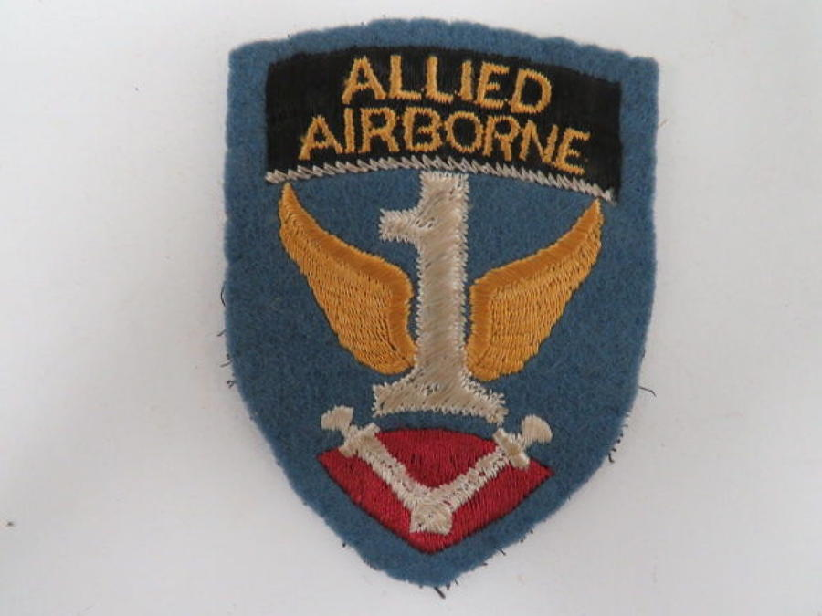 WW 2 Allied Airborne Formation Badge