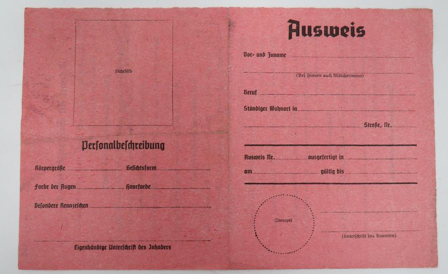 WW 2 German Propaganda Leaflet AUSWEIS