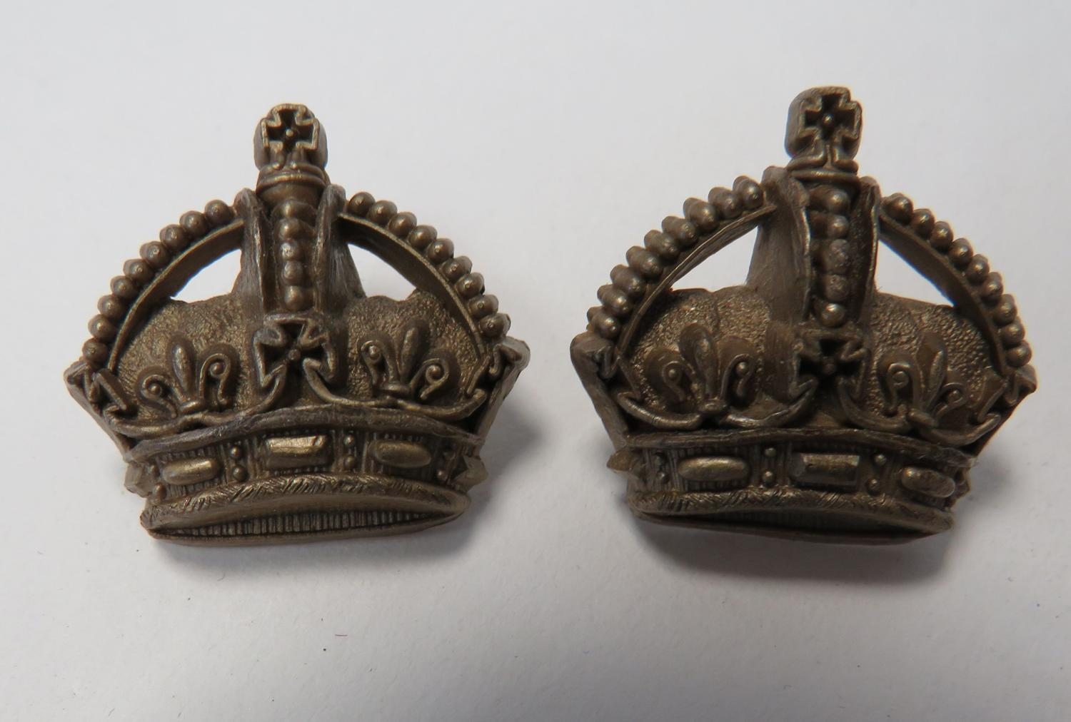 Pair of Majors Plastic Utility Rank Crowns