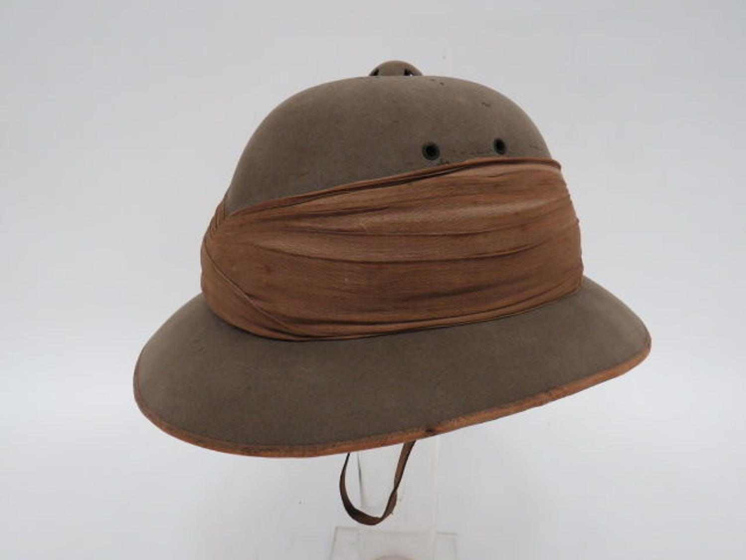 Victorian Officers Foreign Service Pith Helmet