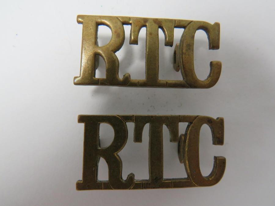 Pair of Royal Tank Corps Shoulder Titles
