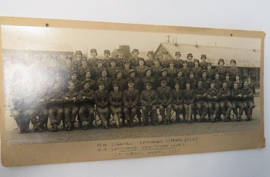 Anti Aircraft Signals Group Photograph