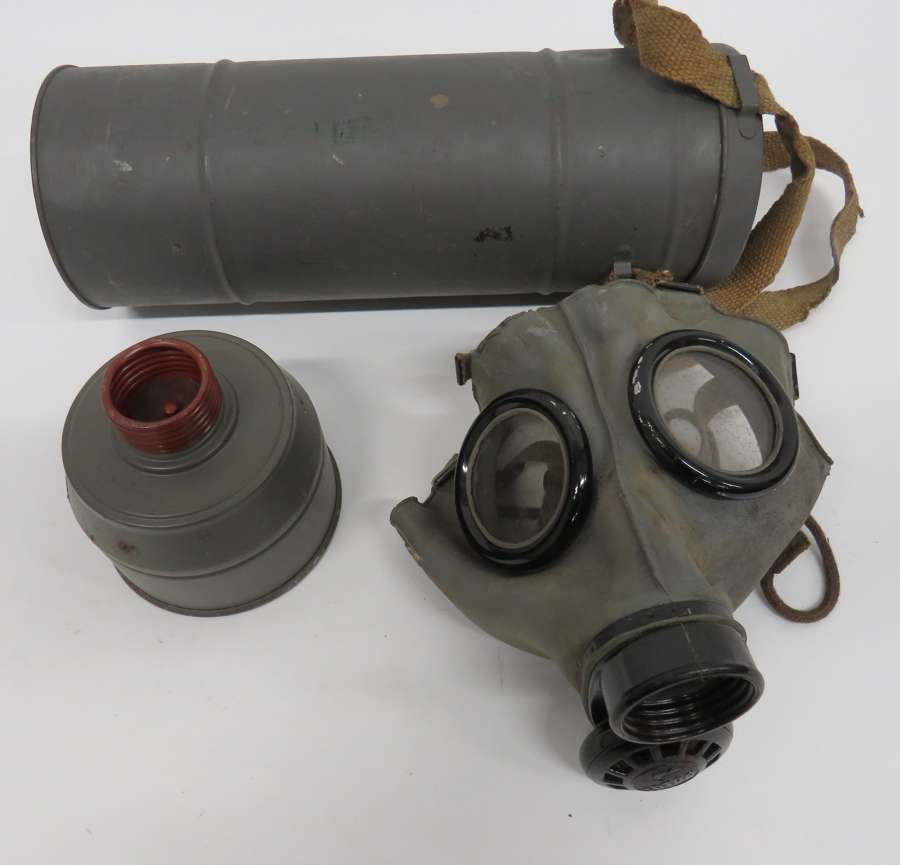 1939 Dated Czech Respirator
