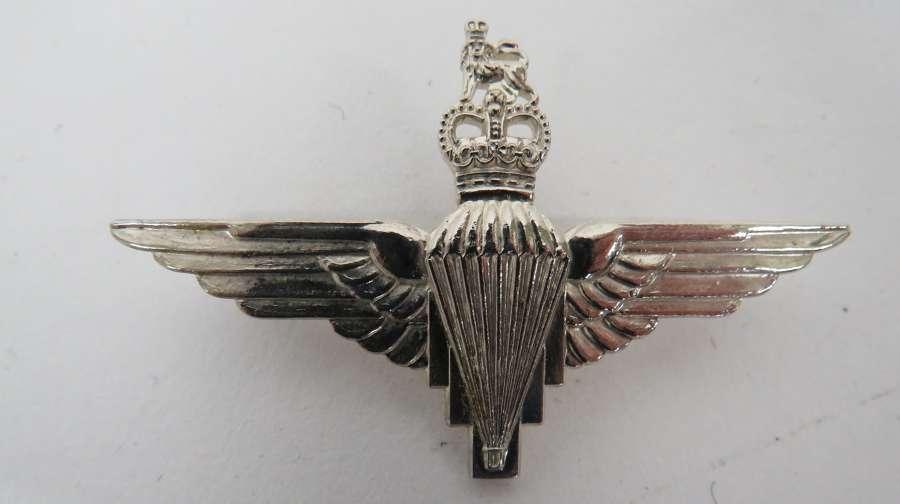 Post 1953 Parachute Regiment Officers Beret Badge