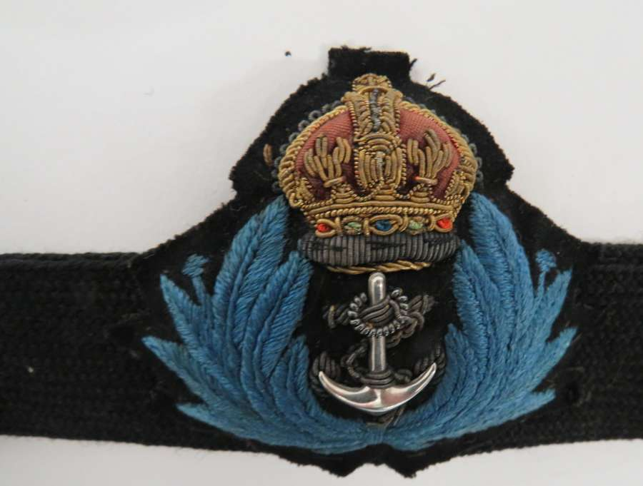 Womens Royal Navy Officers Cap Badge