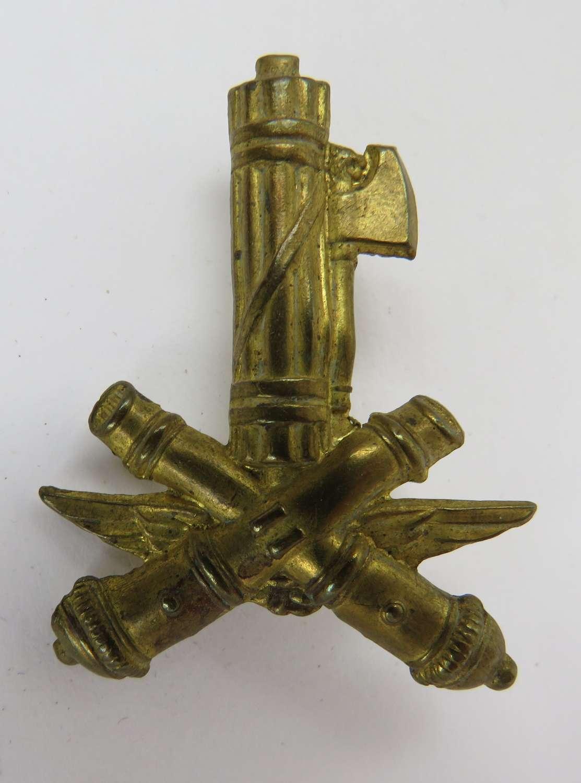 WW 2 Italian Cap Badge