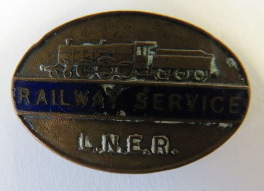 L.N.E.R. Railway Service Lapel Badge