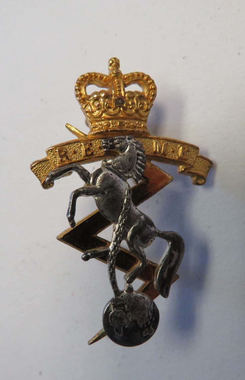 Post 1953 R.E.M.E Officers Cap Badge