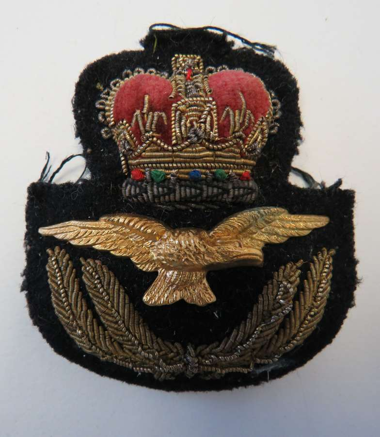 Post 1953 R.A,F Officers Cap Badge