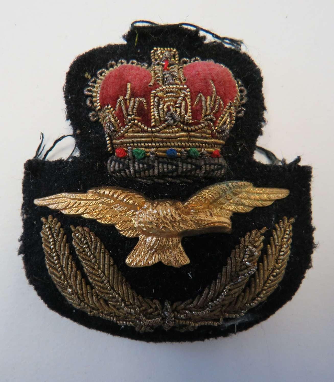 Post 1953 R.A,F Officers Cap Badge