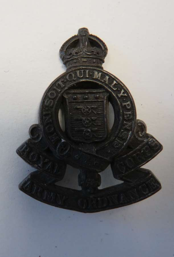 WW2 Plastic Economy R.A.O.C Cap Badge