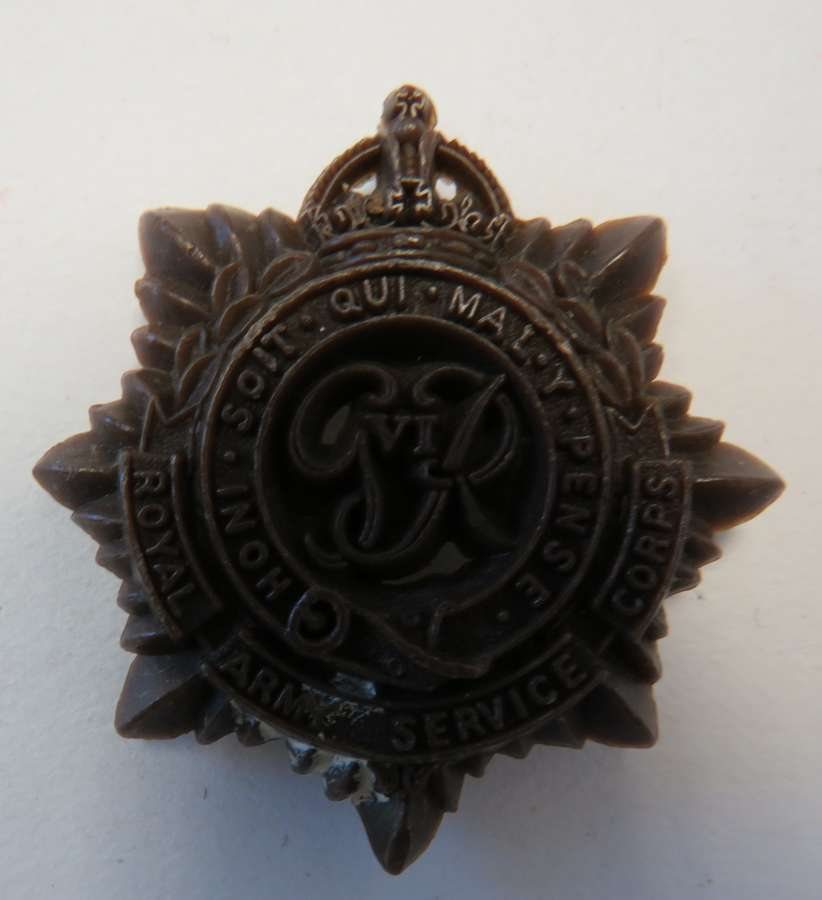 WW2 Plastic Economy R.A.S.C Cap Badge
