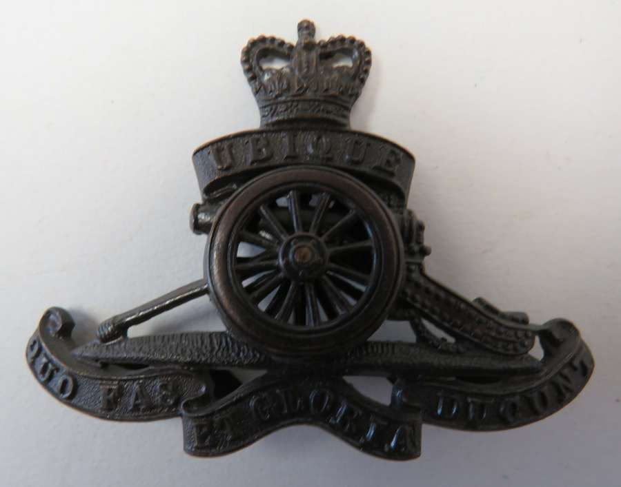 Post 1953 Royal Artillery Officers Cap Badge
