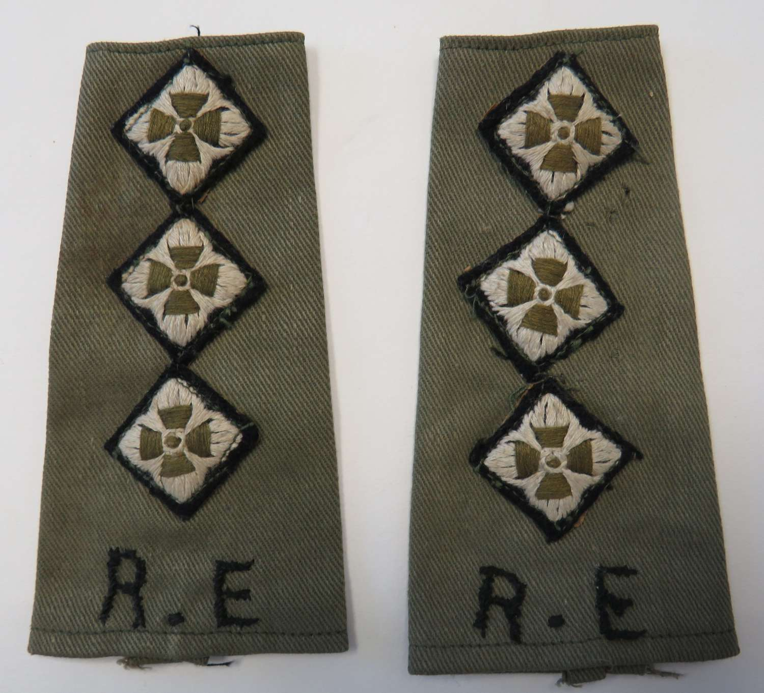 Pair of Tropical Captains Royal Engineers Shoulder Straps