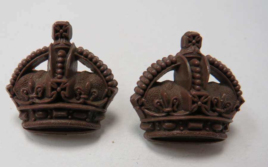 Pair of WW2 Plastic Economy Majors Crowns