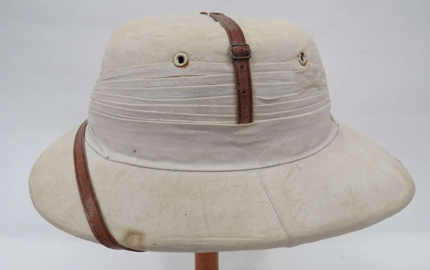 WW2 Officers Polo Pattern Tropical Pith Helmet