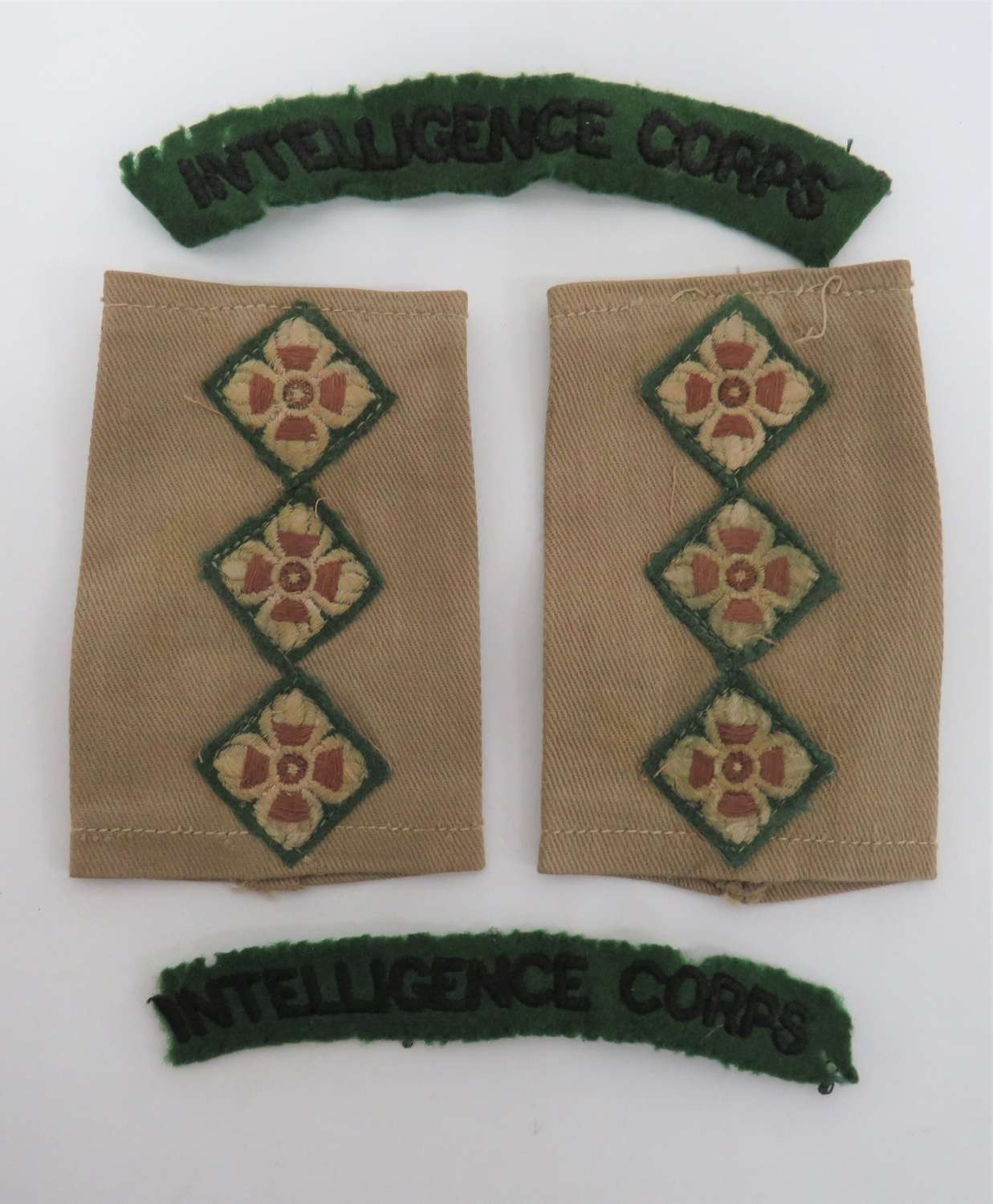 WW2 Intelligence Corps Slip on Rank Tabs and Shoulder Titles