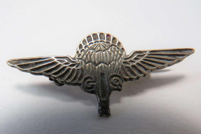 WW2 G.Q Parachute Lapel Badge